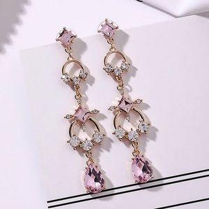 Jewelry - Gold & Pink Crystal Dangle Earrings